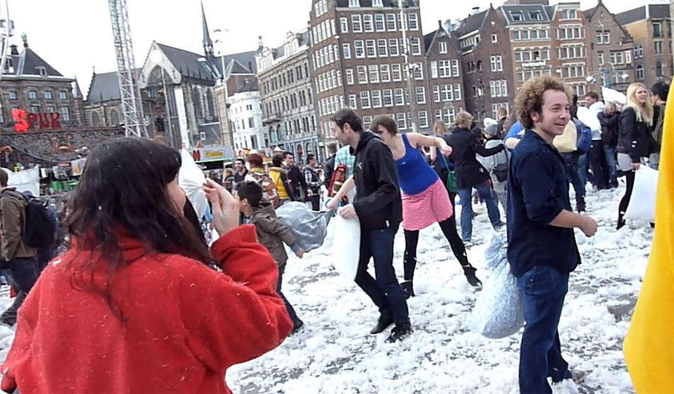 kussengevacht flash mob